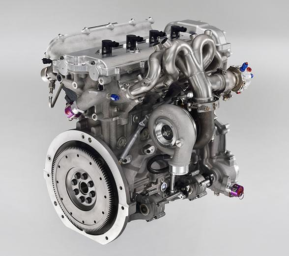 Yaris WRCのエンジン画像2