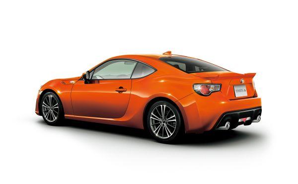今回発表になった86のマイナーチェンジにて追加された新色2色のうちの1つ、86の発売当初に確かオレンジがあったのではなかったかと記憶している復活と言ったところだろう、画像はメーカーサイトより拝借