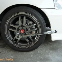 車のホイールのナットは頭隠して尻隠さず鉄が良い 奥が深いホイールのナット