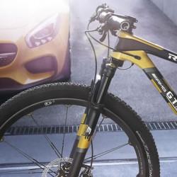 メルセデスから「AMG GT」ならぬ「AMG GT S」、中身はマウンテンバイクでした