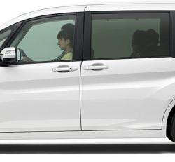 ステップワゴンが発売開始、スッキリ顔で一安心