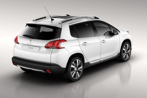 「Peugeot 2008 Crossover」リア画像