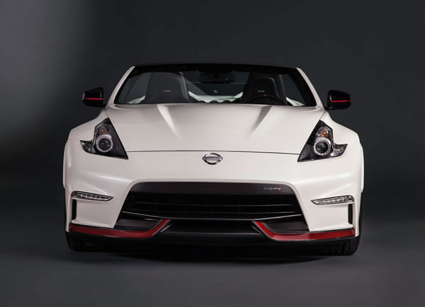 「370Z NISMO Roadster concept」のフロント画像