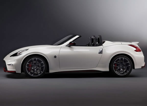 「370Z NISMO Roadster concept」のサイド画像