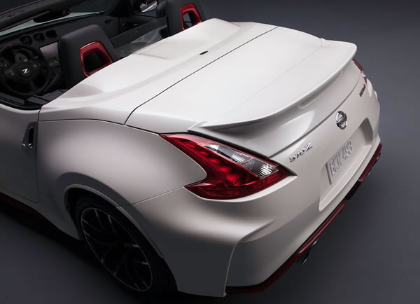 「370Z NISMO Roadster concept」のトランク部分画像