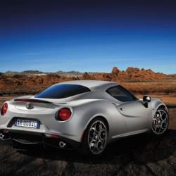 「Alfa Romeo 4C」、意外と身近なスーパーカー