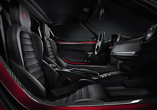 「Alfa Romeo 4C」のシート画像