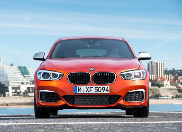 BMW新型M135iフロント画像