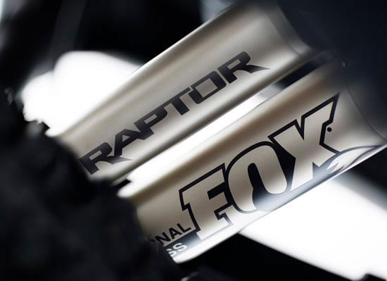 フォード新型「F-150ラプター」FOXダンパー画像