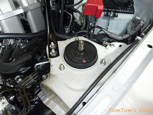 GRMN86のフロントストラット頭部の画像