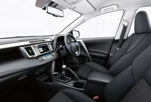 トヨタ新型「RAV4」ただしUK、室内画像