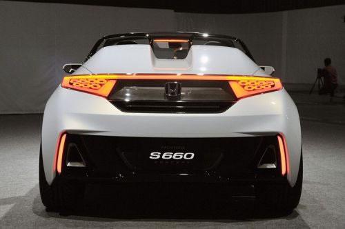 ホンダ「S660」のリア画像