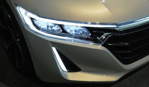 ホンダ「S660」のヘッドライト周辺の画像