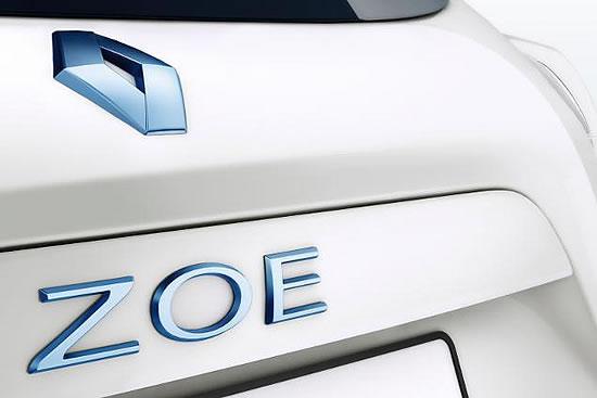 ZOEのリアロゴ