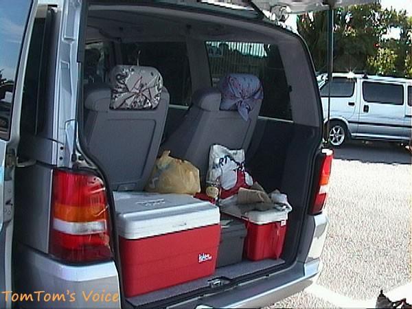 Vクラスで3列シートの場合の荷物の積載状況