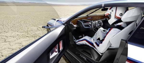 「BMW 3.0 CSL Hommage R」のコックピット