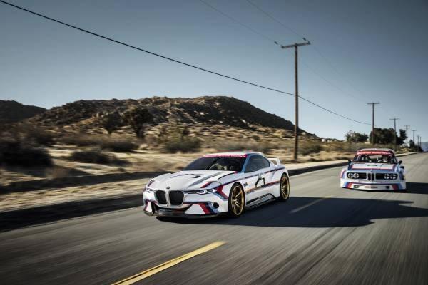元となった「BMW 3.0 CSL」と「BMW 3.0 CSL Hommage R」のフロント画像