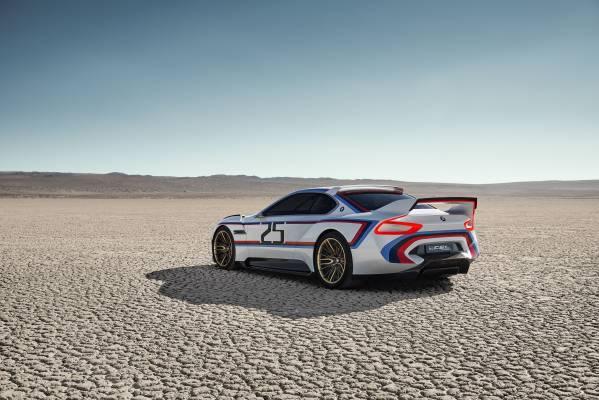 「BMW 3.0 CSL Hommage R」のリア画像