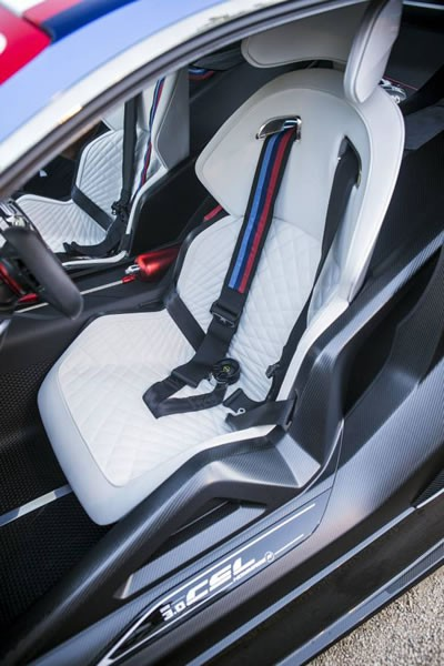 「BMW 3.0 CSL Hommage R」のシート