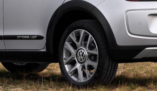 VW「CROSS UP!」のホイール画像