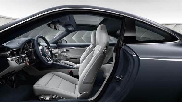 ポルシェ新型911のシート画像