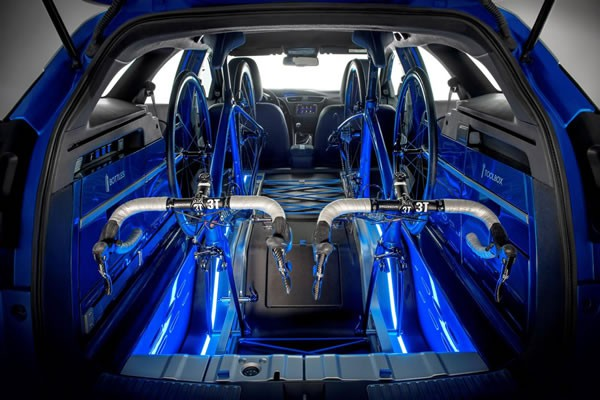 Civic Tourer Active Life conceptのラゲッジ画像