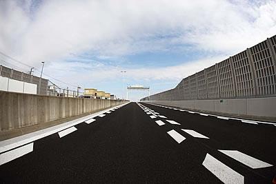 高速道路イメージ画像