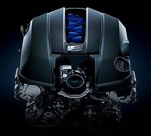RCFのV8エンジン2UR-GSE