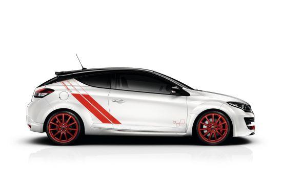 ルノー「メガーヌ RS 275 Trophy-R」のサイド画像
