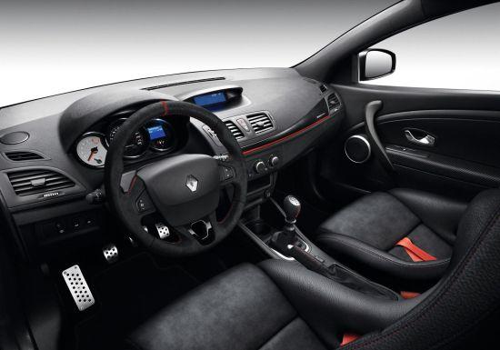 ルノー「メガーヌ RS 275 Trophy-R」のインパネ画像
