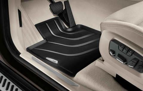 BMW X5のゴムのフロアマット