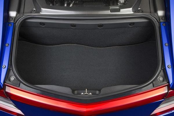 新型NSXのラゲージ画像