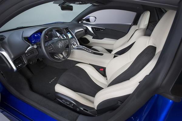 新型NSXのシート画像