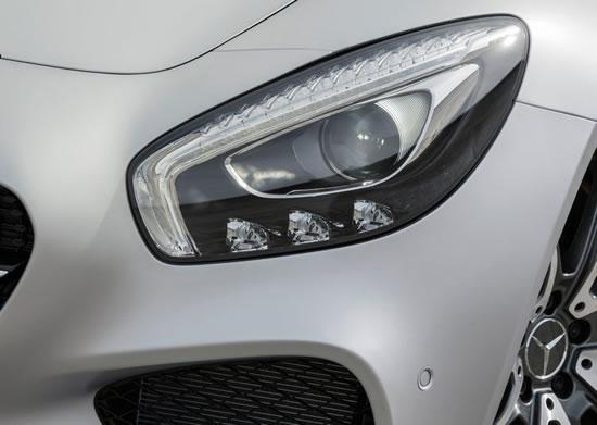 「AMG GT」のヘッドライト画像