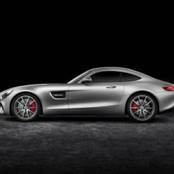 「AMG GT」が姿現す、「SLS AMG」の後継でAMGのフラッグシップ