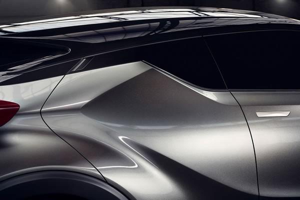 トヨタC-HRのリアドアー画像