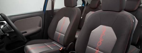 MG3のフロントシート画像
