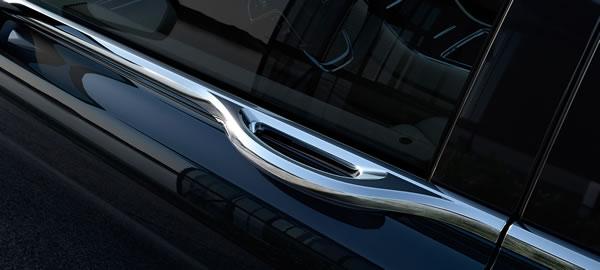 新型「Lincoln Continental」のドアハンドル画像