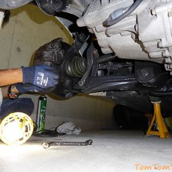 趣味の車弄りに必要な工具を揃える-意外と多い しゃがみこむ作業のためのツール