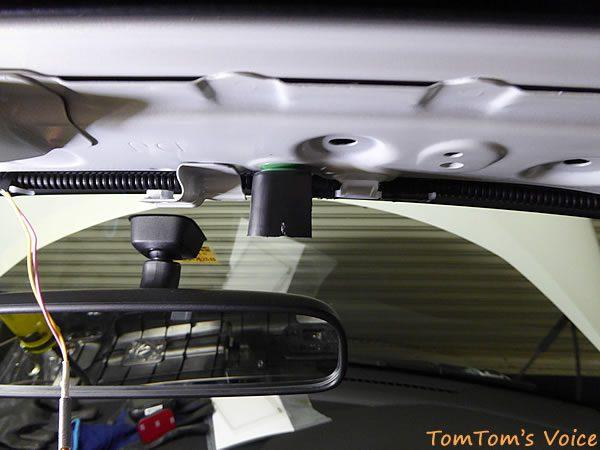 S660フロントウィンドウ上部のカバーのクリップが破損