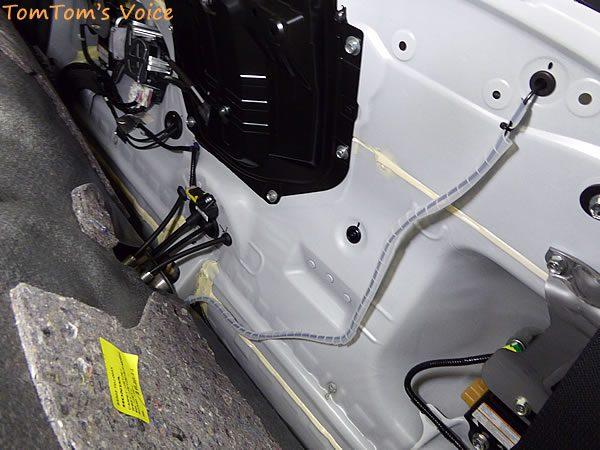 S660のバックカメラ配線の室内への引き込み