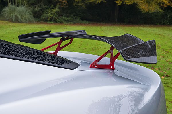 「Lotus Exige Sport 380」のリアウィング画像
