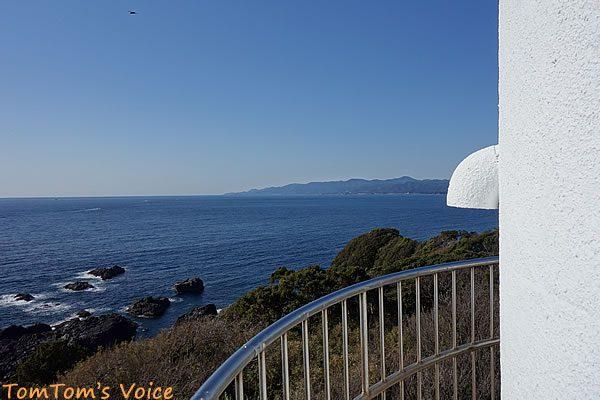S660で行く熊野路、潮岬灯台から北西を望む