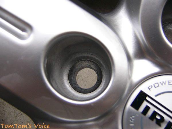 ゴルフ5ピレリのナットとホイールの穴の形状その2