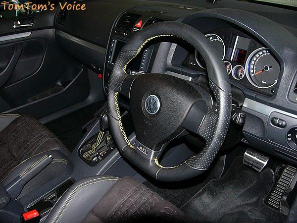 VWゴルフ5GTIのコックピット