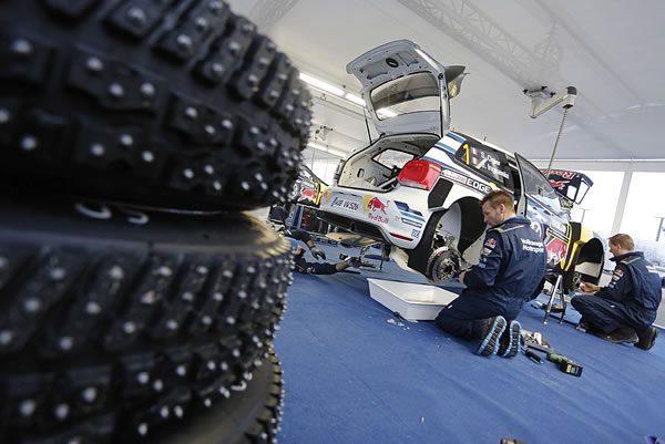 WRC2016ラリースウェーデンでのVWチームのサービス風景