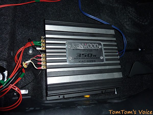 AM033と組み合わせているケンウッドのパワーアンプ