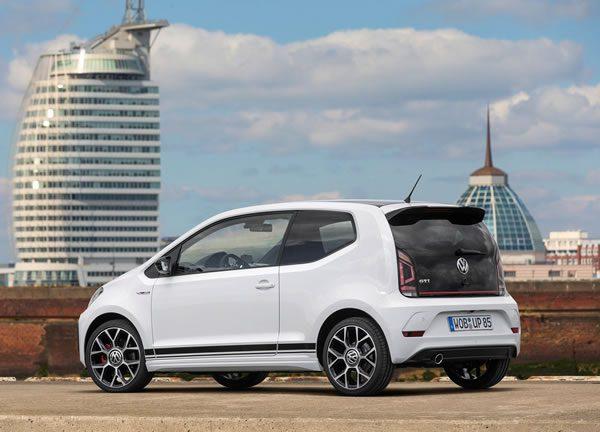 VW UP! GTIのリア画像
