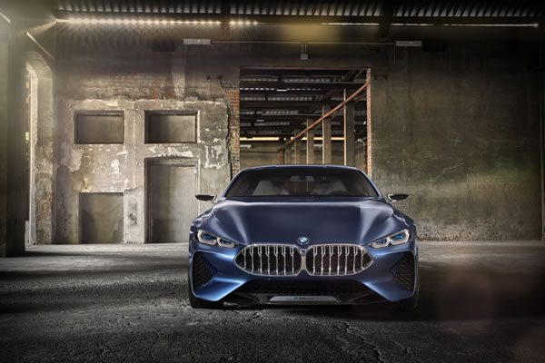 「BMW Concept 8 Series」のフロント画像その2