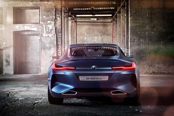 「BMW Concept 8 Series」のリア画像その4